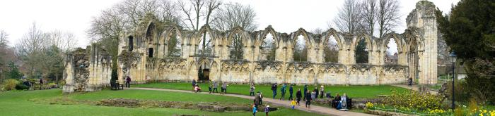 019-york_abbey_ruins_Panorama-th.jpg